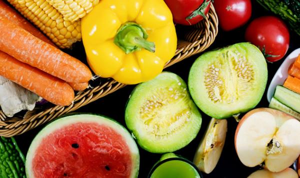新研究:多吃蔬菜水果或可防止抑郁症