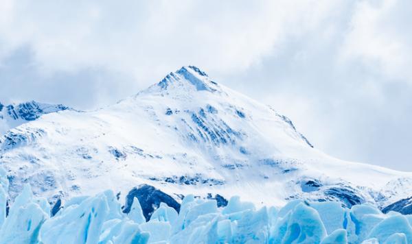 """冰川一融化,美国人就""""坐不住""""了"""