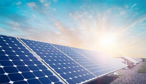 薛其坤院士:50年后化石能源会用完,开发用之不竭的太阳能是唯一答案