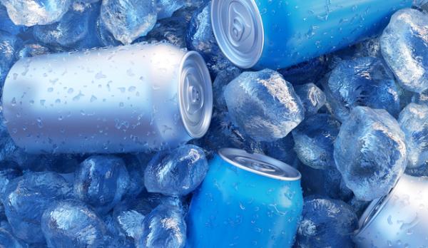 """""""肥宅水""""也不快乐了!研究发现喝太多含糖饮料增加乳腺癌死亡人率"""