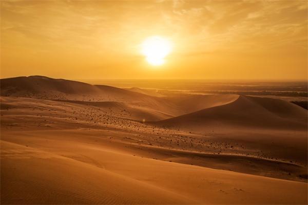 """11岁男孩在沙漠徒步时发现圣经时代护身符,或用于祈求""""好孕"""""""