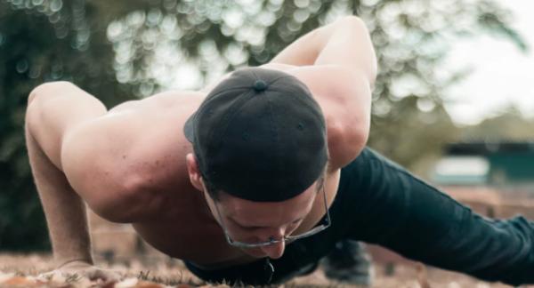 35岁的你可能会没工作,但可以有个好身体,现在每周锻炼5小时就行了
