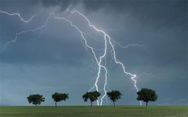 神奇发现:闪电可增加地球大气的清洁能力,产生大量的羟基自由基