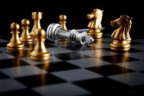 孩子犹豫怕冒险?教他下棋!培养这种习惯,还能提高逻辑思维能力