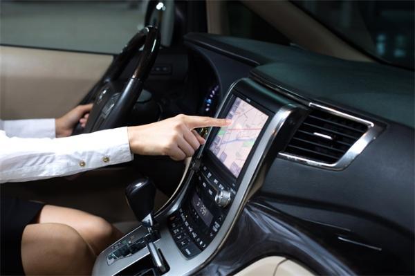 指尖人机交互再次升级 全新LED触摸屏带来独特的特殊触觉反馈