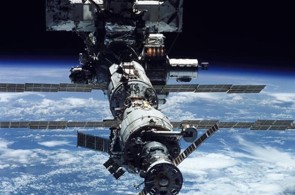"""都怪马斯克!国际空间站陷入""""危机"""":人来得太快,床位不够了"""