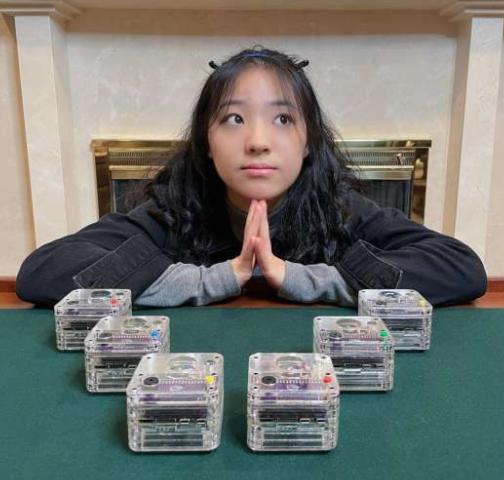 年少有为!17岁高三女孩制造简易地震仪,奖项拿到手软