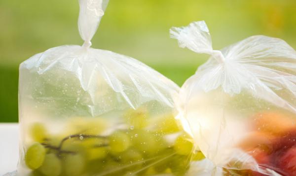 1天即可溶!俄罗斯团队开发出可食用的食品包装薄膜:厚度仅为纸张的千分之一