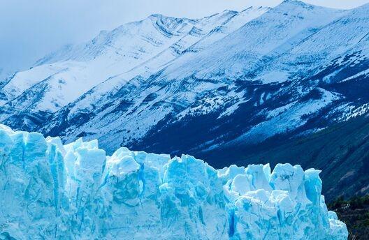 """深入冰面下1000多米!科学家利用光纤传感为格陵兰岛冰川测""""体温"""""""