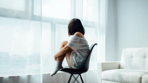 青春期影响一辈子!女孩出现抑郁的概率更高,肥胖和霸凌对男孩的伤害更大