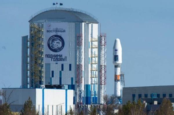 追赶SpaceX!俄罗斯将于五月底再发射36颗OneWeb卫星