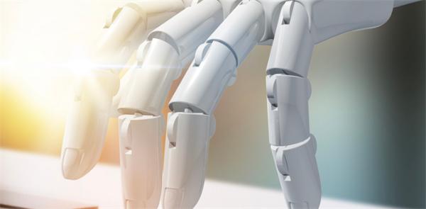 惊呆了!世界上首幅机器人自画像伦敦展出,细腻逼真充满艺术创造力