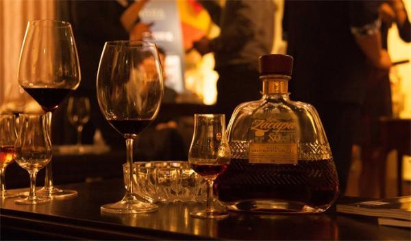 适量有益!哈佛研究:每天一杯酒,患致命心血管疾病的风险降低20%