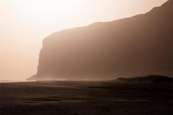 """神秘!也门""""地狱之井""""深度超百米氧气稀缺,已存在数百万年"""