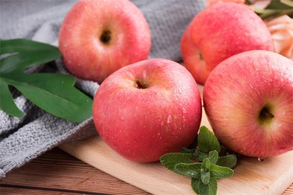 全方位健康!苹果打败橙子成为太空水果