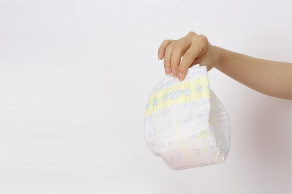 环保节能!科学家成功把尿不湿变成胶粘剂材料,每年可减少数百万吨废物