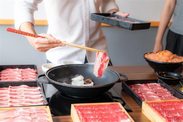 无肉不欢?研究:男人喜欢吃肉,这让他们觉得自己更有男子气概