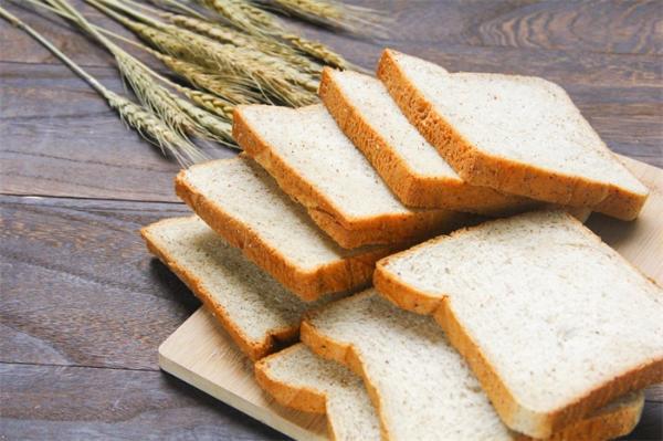 好处多!长期食用全谷物有助于预防心脏病,降低腰围增大风险