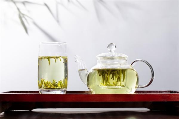 研究发现:饮用绿茶或可预防和延缓老年痴呆