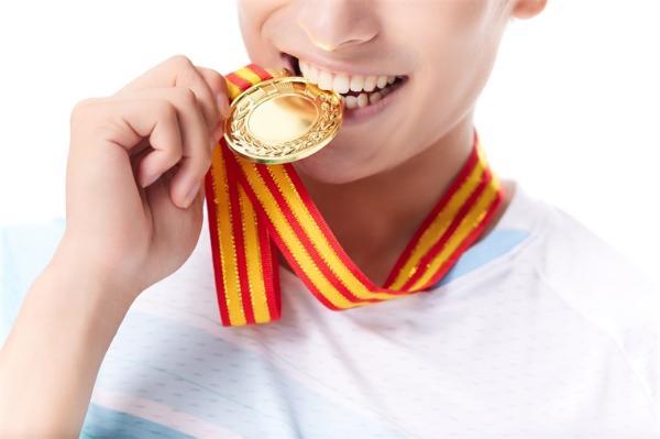 被咬金牌!东京奥组委将为选手更换,费用由国际奥委会承担_产经_前瞻经济学人