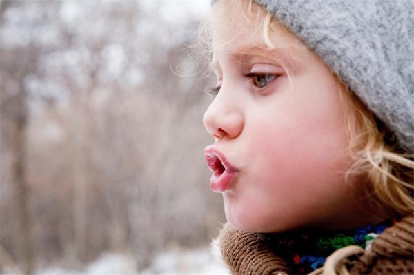 注意!长期张嘴呼吸易致面容变丑,会导致脸变长、牙齿外龅