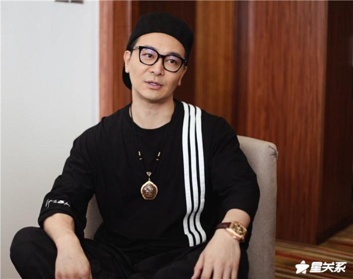 """经典话剧《大宅门》郑州开演 吴樾谈""""白景琦"""""""