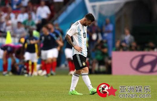 阿根廷世界杯出局 梅西决定退出国家队!