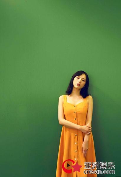 赵叶索最新写真清凉一夏 古灵精怪青春洋溢