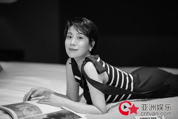 海清曝光黑白写真 纯净色调定格高级质感