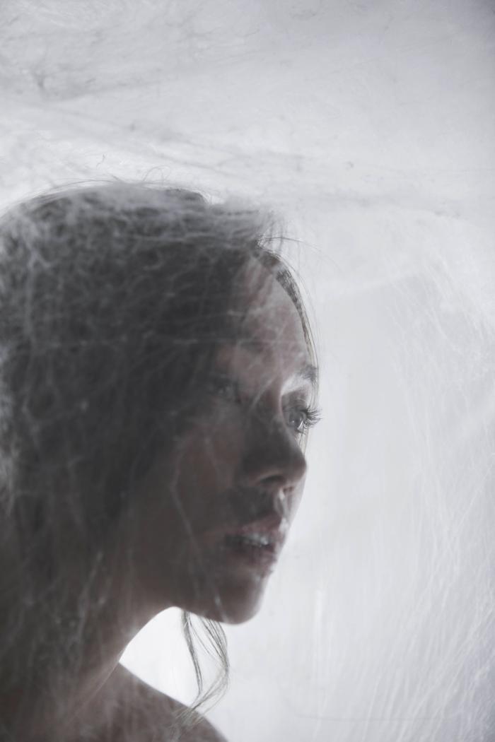 林采欣全新专辑《守夜人》首发 再度携手欧阳娜娜创作暗黑金曲