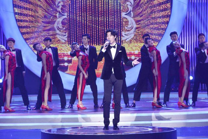 王晰出席央视中秋特别节目 献唱好歌贺团圆