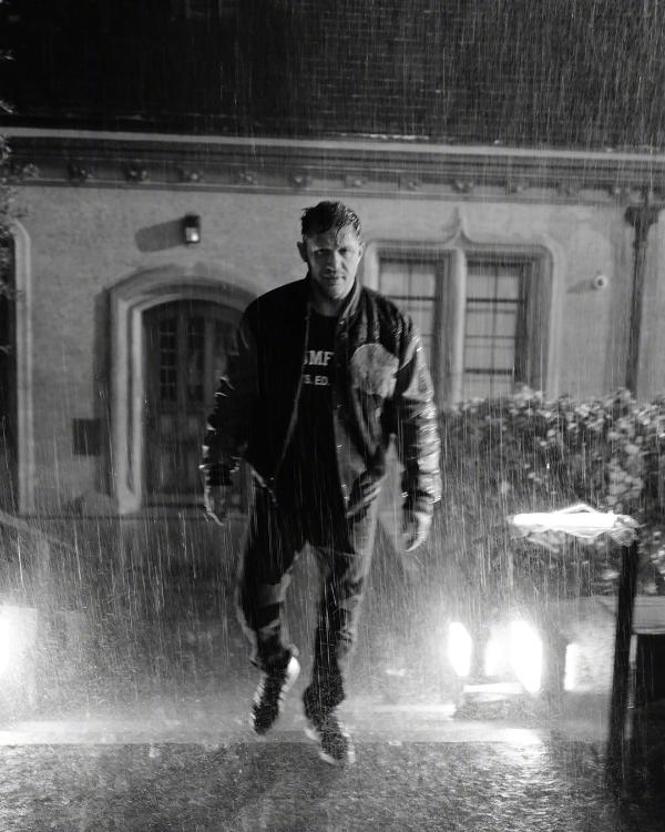 漫威超英电影《毒液2》顺利杀青 汤姆·哈迪曝光片场剧照