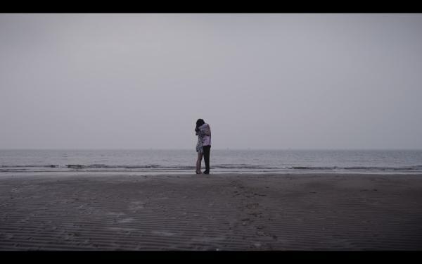 黄礼格最新丧甜情歌《Let Go》上线