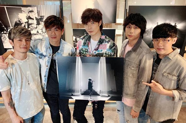 八三夭首办摄影展,台北高雄双主题同步展出