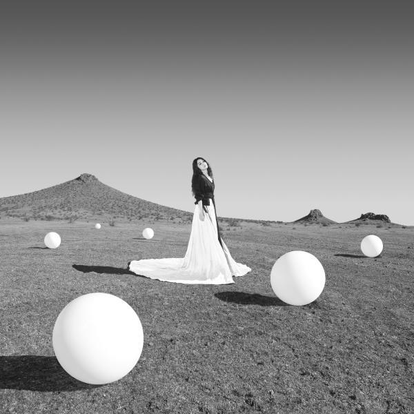 田馥甄第五张全新专辑《无人知晓》9月25日正式发行