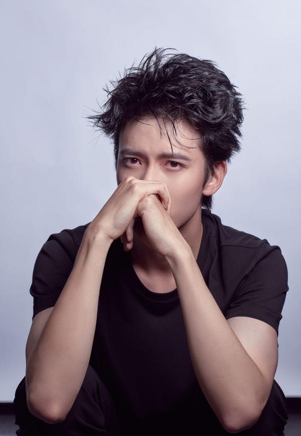 """陈宥维官宣加盟《演员请就位2》 首轮竞演挑战""""三生三世""""夜华引热议"""