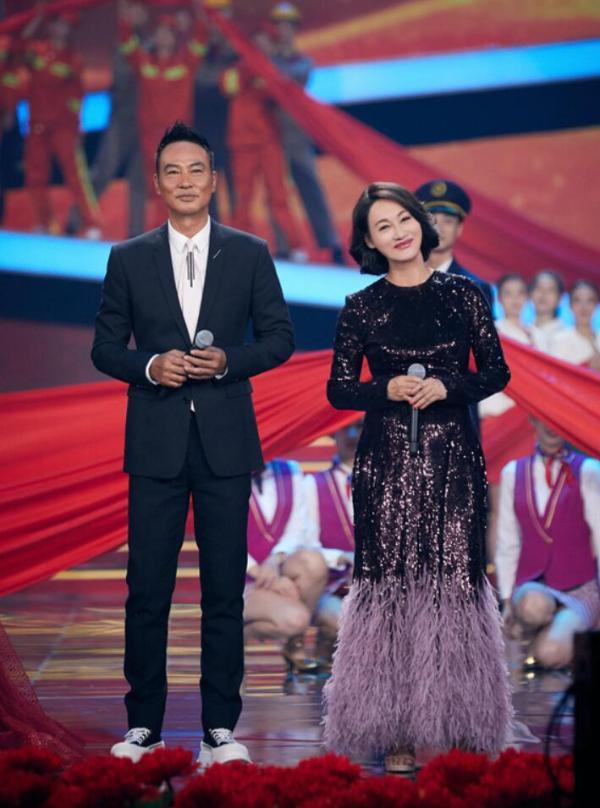 惠英红任达华受邀央视国庆晚会 献唱《我的祖国》