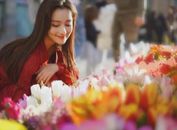 景瓷《我和我的家乡》演苗族美女 搭档彭昱畅CP感十足