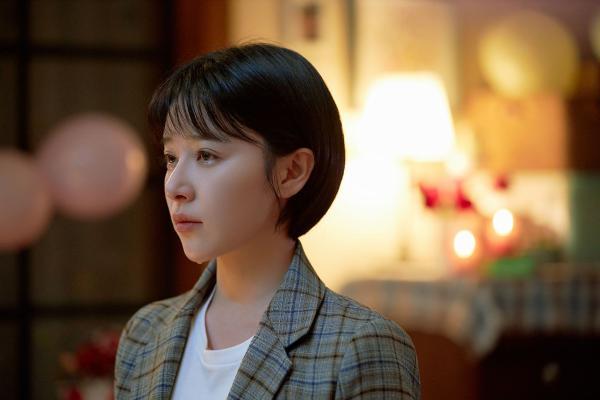《亲爱的自己》完美收官 阚清子走心演技成热度收割机