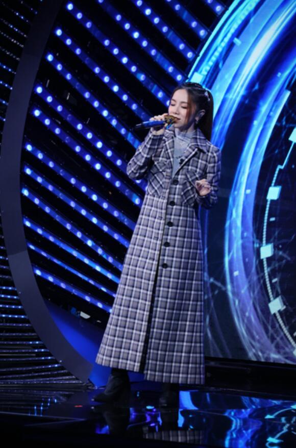 光明优倍《中国梦之声·我们的歌》B组开启盲配模式 王源陈小春默契开唱