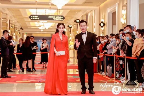 导演沈慕白获澳门第12届国际电影节新锐导演奖