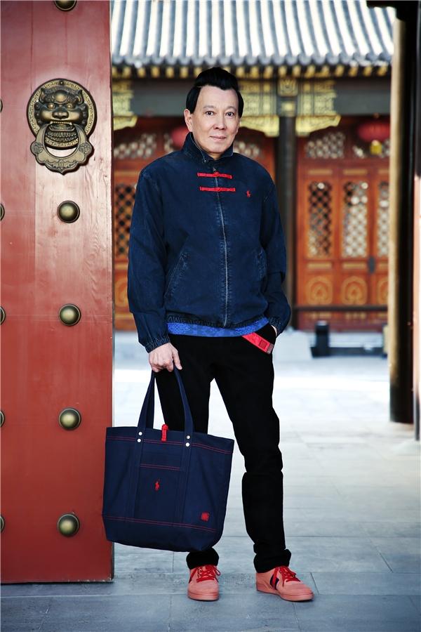 陈冠希父亲力挺儿子服饰品牌 拍时尚大片显父子情深