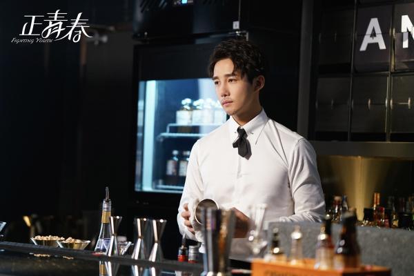 张涛 最强的工人 《正青春》幸福在线解读蜜爱下一年