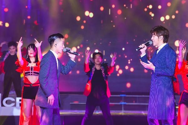 赵浚承罗钧满惊喜亮相音乐之声演绎经典金曲实力闪耀台庆舞台