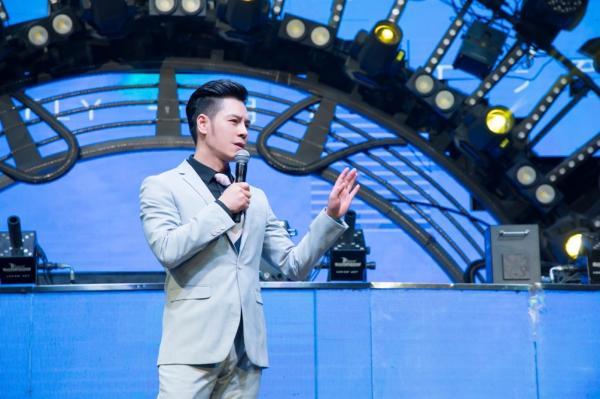 """""""灵魂歌手""""张凌枫重磅推出全新专辑《做个男人不容易》"""