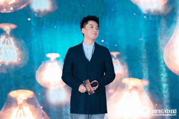张磊新年音乐之路步履不停 坚持初心启航2021