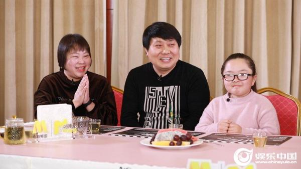 中国最大观影团 百位明星70城同看《武汉日夜》
