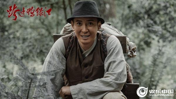韩栋《跨过鸭绿江》正在播出细节来诠释小人们的祖国的大爱