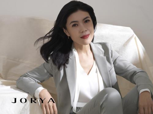 苏芒首次担任JORYA品牌J Lady系列臻雅大使,时尚女魔头优雅依旧