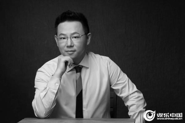 《冰雪之名》写四十年追梦青春你好媒体创造中国冰雪斗争史